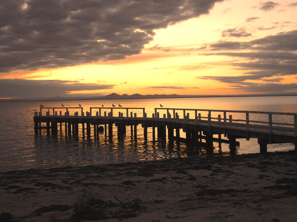 Port_jetty_at_sunset