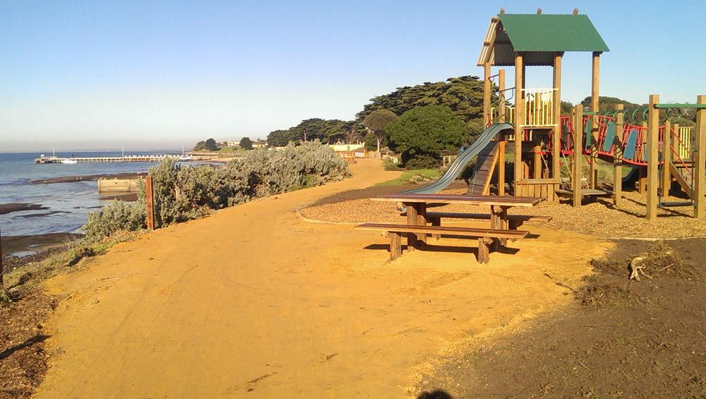 St_Leonards_Bengalat_Playground