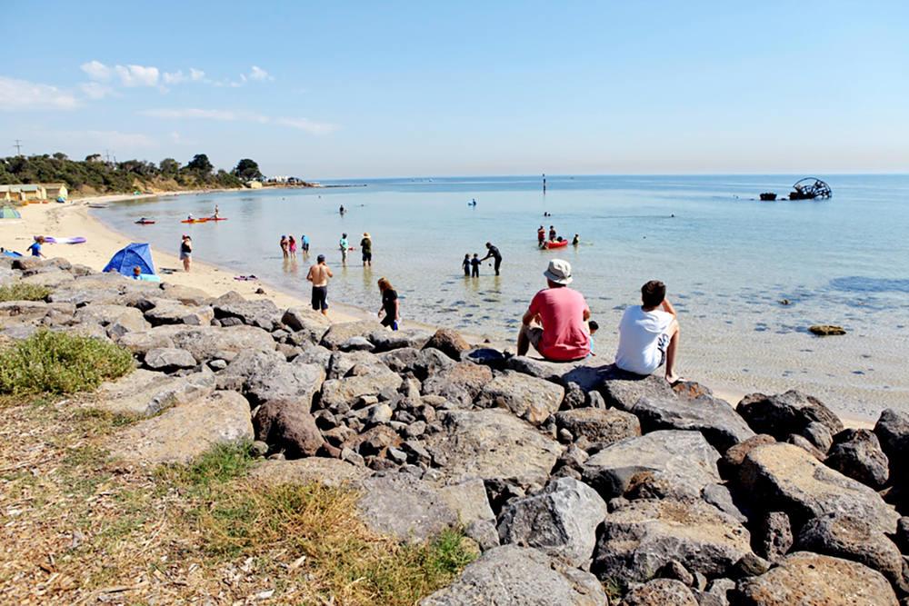 rocky_beachfront_with_ozone_wreck