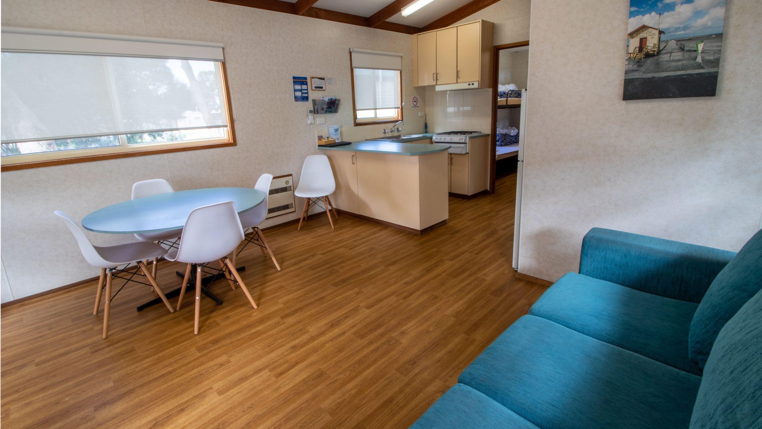 Park Cabin internal