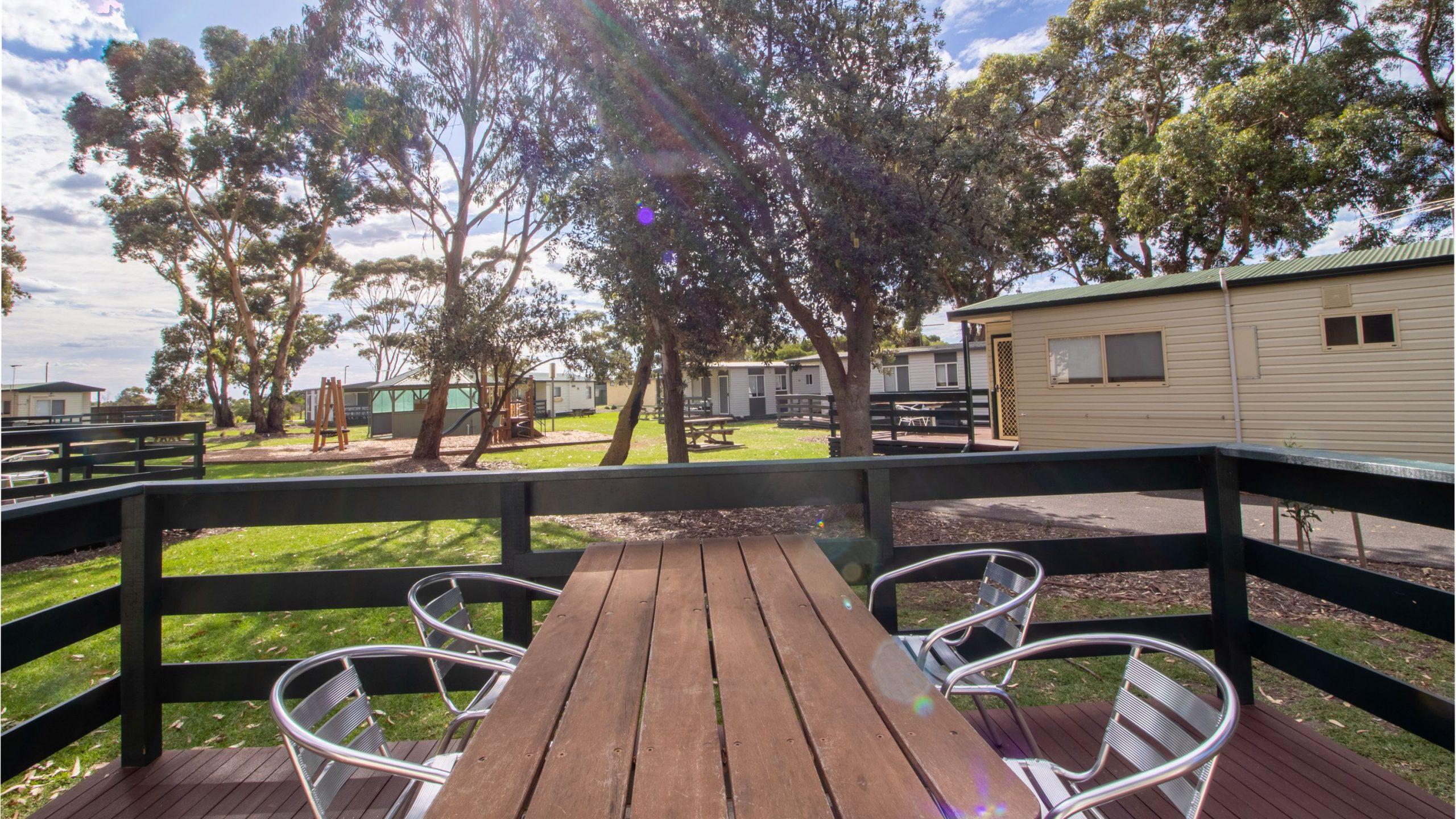 Park Cabin deck