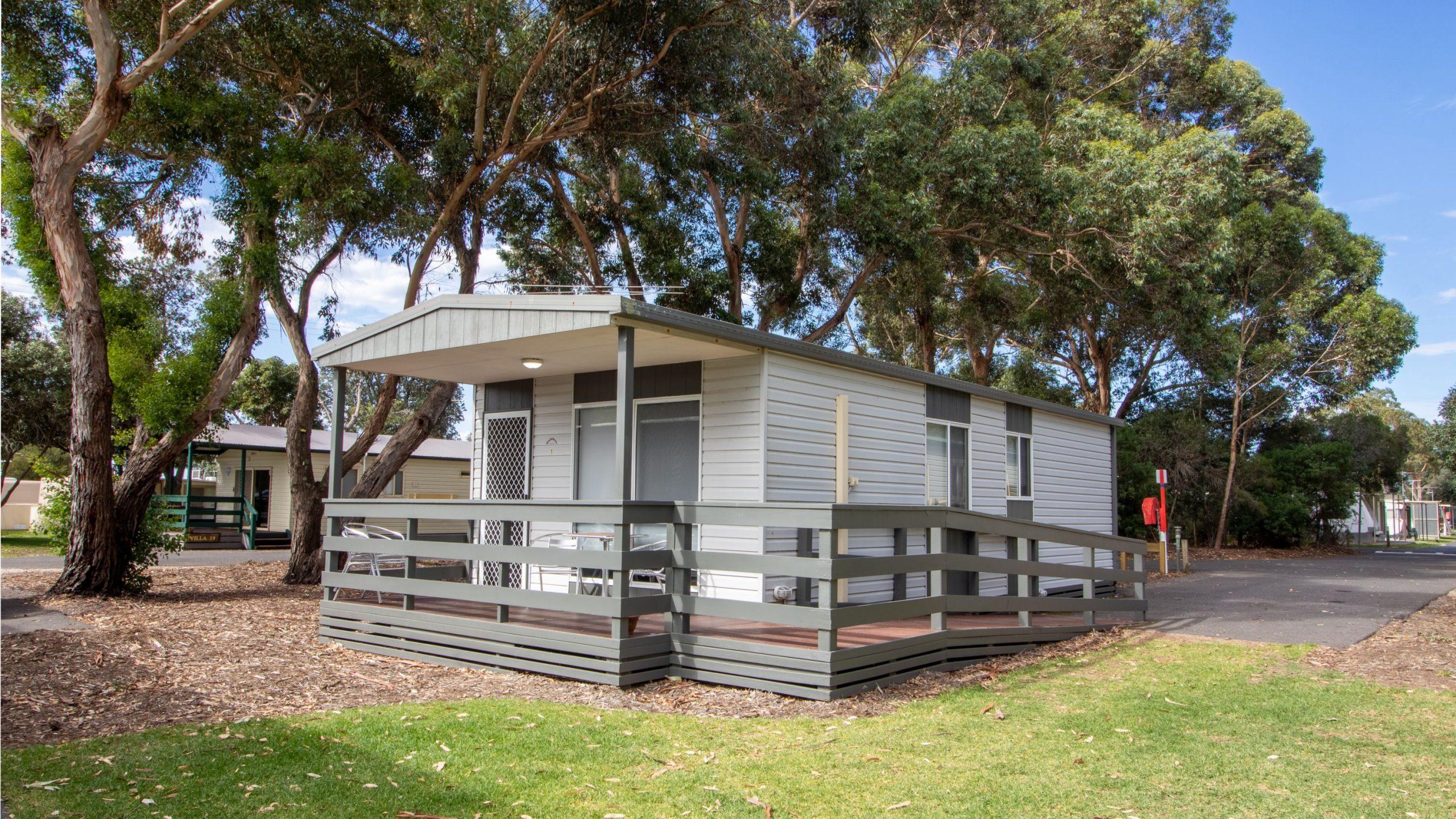 Standard Cabin external